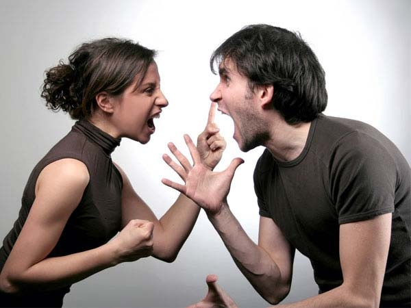 Mơ thấy cãi nhau mang lại điềm báo gì cho bạn