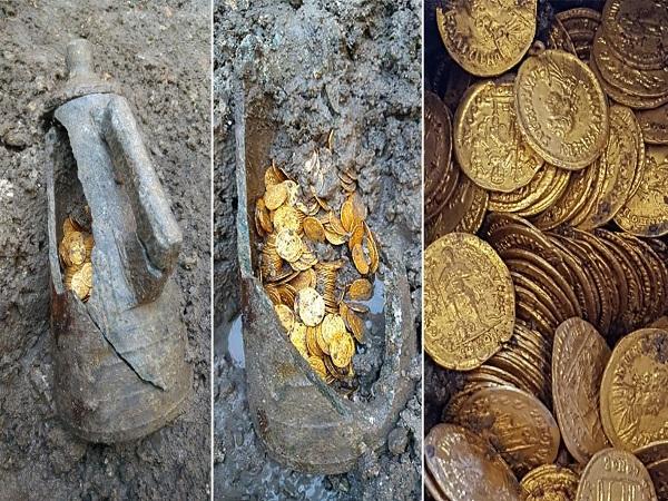 Đồng xu vàng được phát hiện tại nhà hát cổ