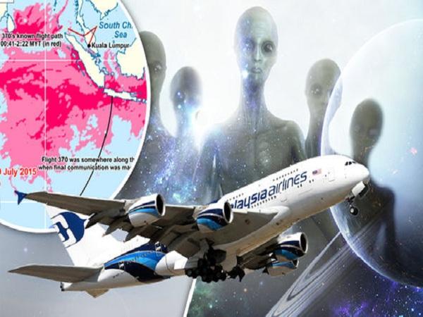 """Các tài liệu về chuyến bay của hãng hàng không Malaysia cho thấy có một người """"bí ẩn"""" trên chuyến bay MH370 và10% người Mỹ tin rằng UFO đã bắt cóc máy bay mất tích."""