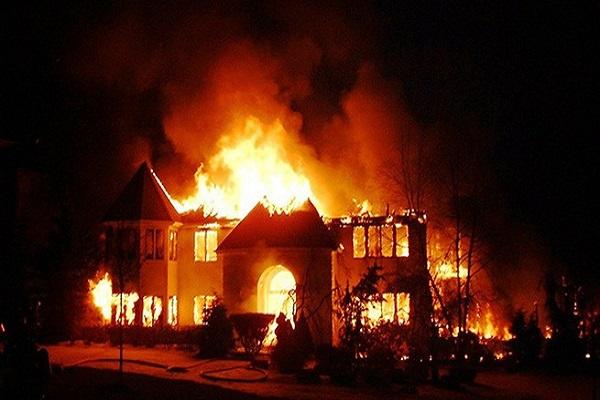 Tại sao lại mơ thấy cháy nhà?